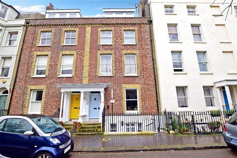 1 bedroom apartment for sale - South Terrace, Littlehampton, West Sussex