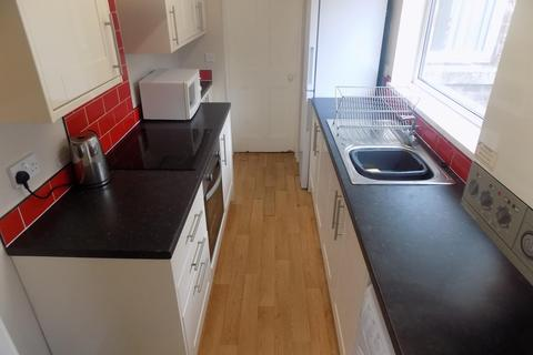 2 bedroom terraced house to rent - Falmouth Street, Middlesbrough, TS1 3HL