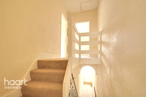 3 bedroom end of terrace house for sale - Berridge Road, Sheerness