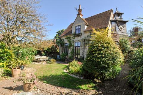 3 bedroom semi-detached house for sale - Liphook, Hampshire, GU30
