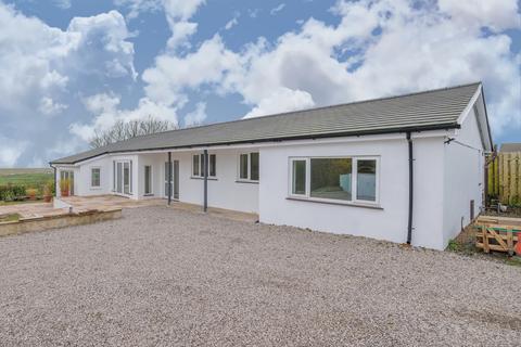 3 bedroom detached bungalow for sale - Badgers Wood, Woodlands Drive, Allithwaite, Grange-over-Sands, Cumbria, LA11 7PZ