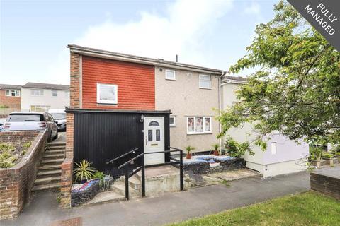 3 bedroom semi-detached house to rent - Ennerdale, Bracknell, Berkshire, RG12