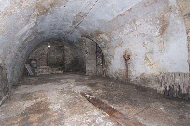 Vaults 2