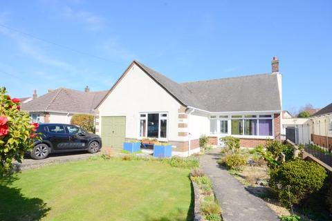 2 bedroom detached bungalow for sale - Harewood Avenue, Bournemouth