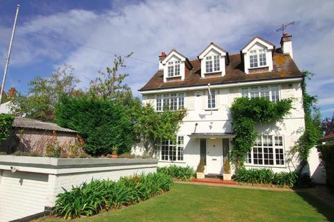 5 bedroom detached house to rent - Hamboro Gardens, Leigh-On-Sea, Essex