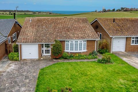 3 bedroom detached bungalow for sale - Guy Close, Broadstairs