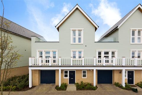 4 bedroom semi-detached house for sale - Regiment Gate, Springfield, Chelmsford, Essex, CM1