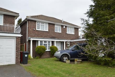 4 bedroom detached house for sale - Langley Road, Langley, SL3