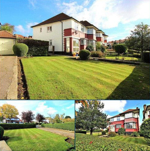 4 bedroom detached house to rent - Barn Rise, Wembley