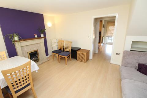3 bedroom end of terrace house to rent - Broadwater Road, Thamesmead , SE28