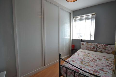 3 bedroom flat to rent - 93 Lambeth Rd, London