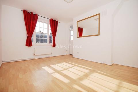 3 bedroom flat to rent - Colemans Mansions, Crouch Hill