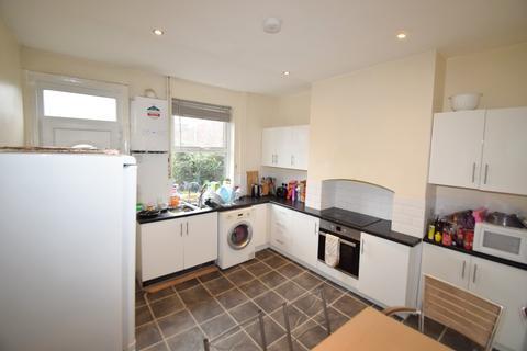 3 bedroom terraced house to rent - Khartoum Road, Sheffield S11