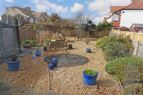 2 bedroom semi-detached bungalow for sale - Elms Drive, Lancing, West Sussex