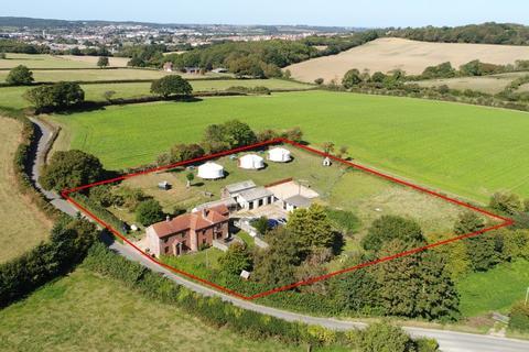 3 bedroom farm house for sale - Burnt House Lane, Newport