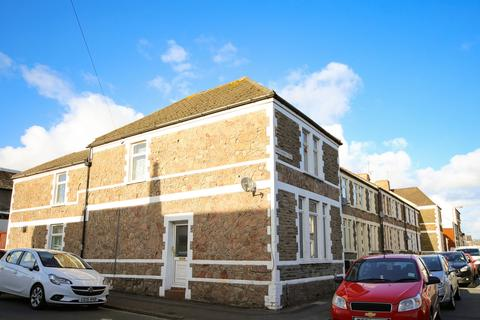 4 bedroom end of terrace house to rent - Whitchurch Place, Cathays