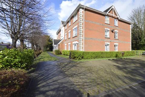 3 bedroom apartment to rent - Haling Park Road, SOUTH CROYDON, Surrey, CR2
