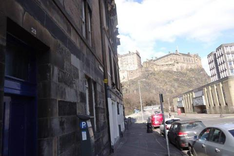 2 bedroom flat to rent - Spittal Street, Old Town, Edinburgh
