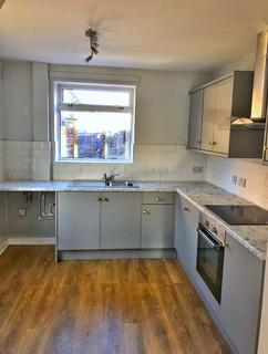 3 bedroom semi-detached house to rent - Byron Grove, Reddish,
