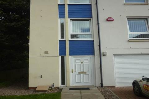 5 bedroom house to rent - 22 Friary Gardens , ,