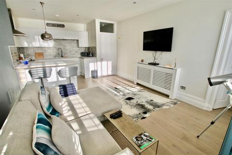2 bedroom apartment for sale - Marina, St. Leonards-On-Sea