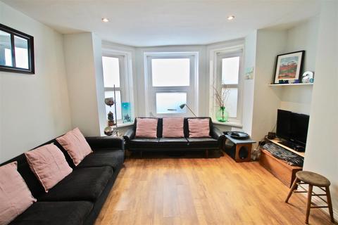 2 bedroom apartment for sale - Warrior Square, St. Leonards-On-Sea