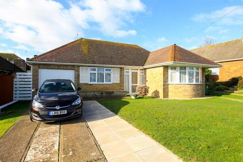 2 bedroom detached bungalow for sale - Saltdean Way, Bexhill-On-Sea