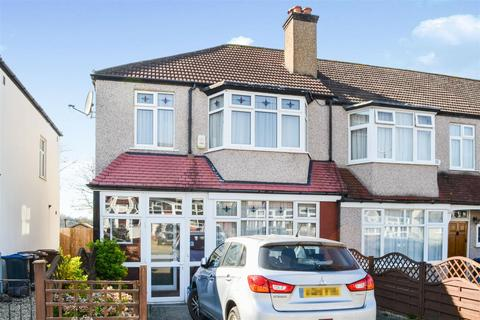 3 bedroom end of terrace house for sale - Fairway, Raynes Park