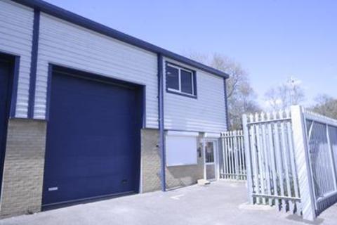 Industrial unit to rent - Unit 1, Glenmore Centre, Sandleheath Industrial Estate, Fordingbridge, SP6