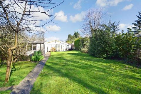 3 bedroom detached bungalow for sale - Oak Farm Lane, Fairseat, Sevenoaks, Kent