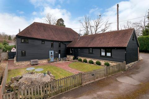 4 bedroom detached house for sale - Polhill Lane,  Harrietsham, Me17