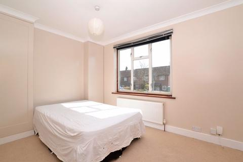 1 bedroom house share to rent - Chipstead Valley Road, Coulsdon