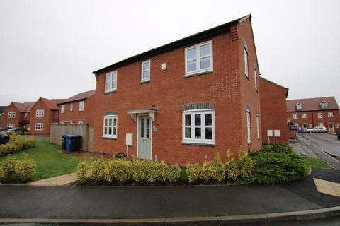 3 bedroom detached house for sale - Cascade Close, Burton-On-Trent