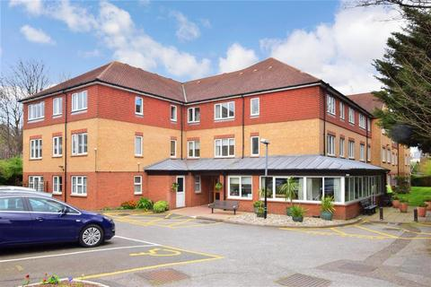 1 bedroom flat for sale - Cambridge Park, Wanstead