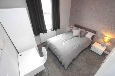 1 bedroom house share to rent - Stanley Street, Reading