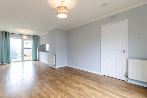 3 bedroom semi-detached house to rent - Craighall Crescent, Edinburgh EH6