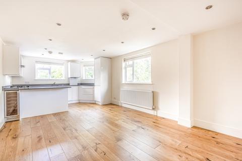 2 bedroom flat to rent - Penerley Road Catford SE6