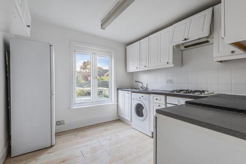 2 bedroom flat to rent - Birkbeck Grove London W3
