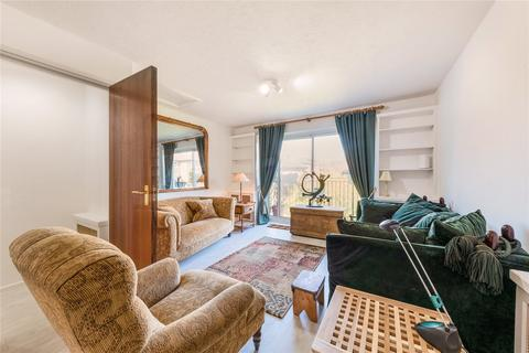 2 bedroom flat to rent - Battersea Church Road, London, SW11