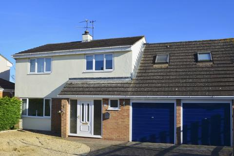 5 bedroom detached house for sale - Derry Park, Minety