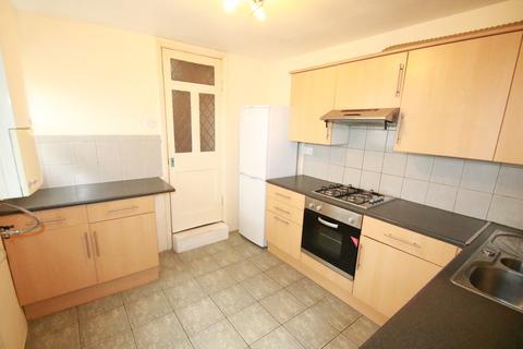 3 bedroom terraced house to rent - Tavistock Grove, Croydon