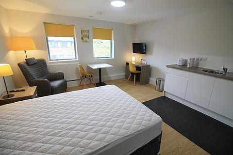 Studio to rent - Studio 15 Midwood House, Widnes