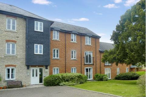 2 bedroom apartment to rent - Ely Court, Wroughton, SN4