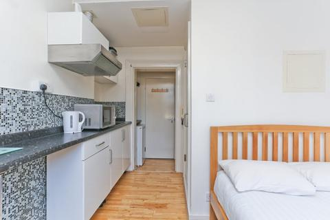 Studio to rent - Holland Road, Holland Park