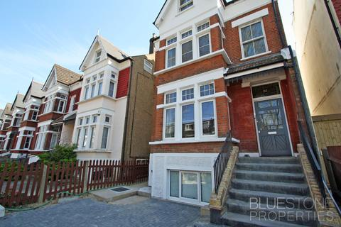 2 bedroom ground floor flat for sale - Knollys Road, Norwood, London SW16
