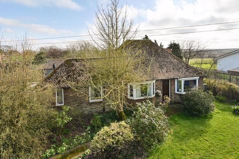 3 bedroom detached bungalow for sale - Bilsington