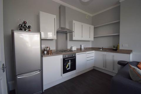 3 bedroom flat to rent - Bruntsfield Place, Edinburgh,
