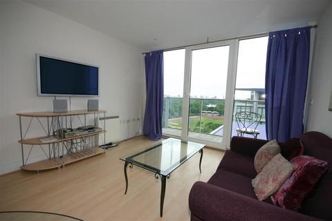 1 bedroom apartment to rent - Warwick Building. Chelsea Bridge Wharf. London. SW11