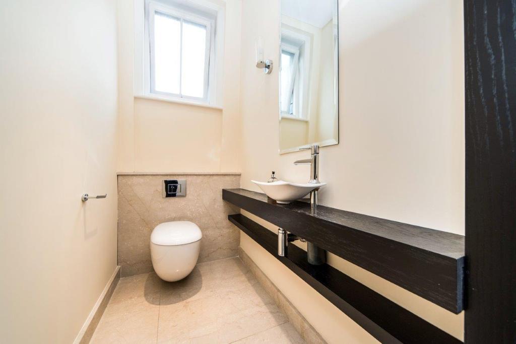 WC (Bathroom 2).jpg