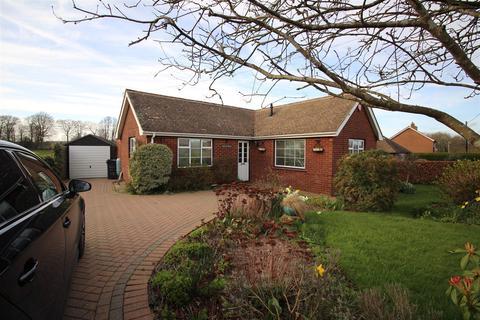 3 bedroom detached bungalow for sale - Hardscroft Road, Lower Hardres, Canterbury